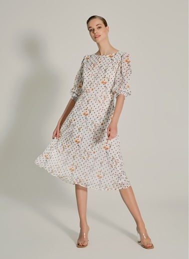 NGSTYLE Sırt Bant Detaylı Elbise Beyaz